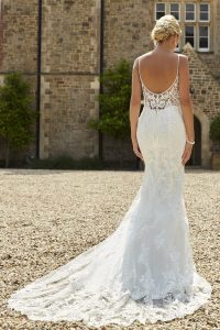 Taffeta and lace wedding dresses Gloucester 2020_romantica_tuscany
