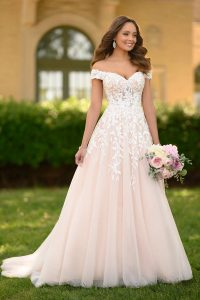 Taffeta and lace wedding dresses Stella York 7012-1