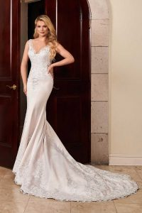 Taffeta and Lace wedding dresses Gloucester - Rachel Allan MB3100