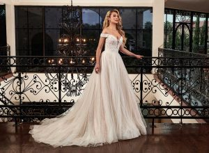 Taffeta and lace Rachel-Allan-Couture Damour-wedding-dress mb4092